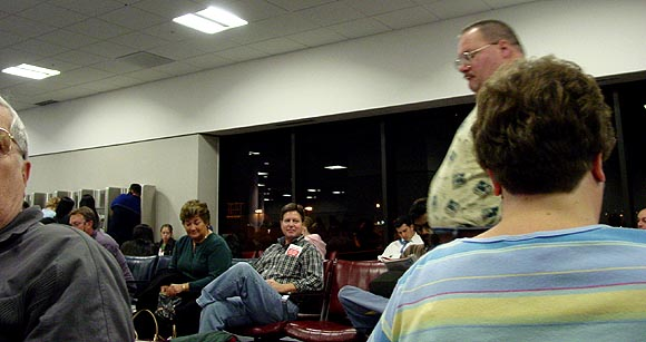 Atlanta airport 12-23-04