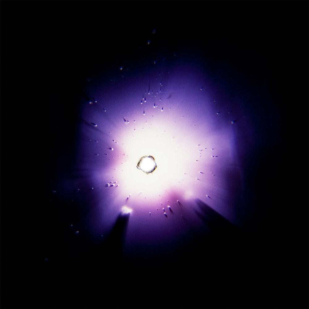 corona4sm.jpg